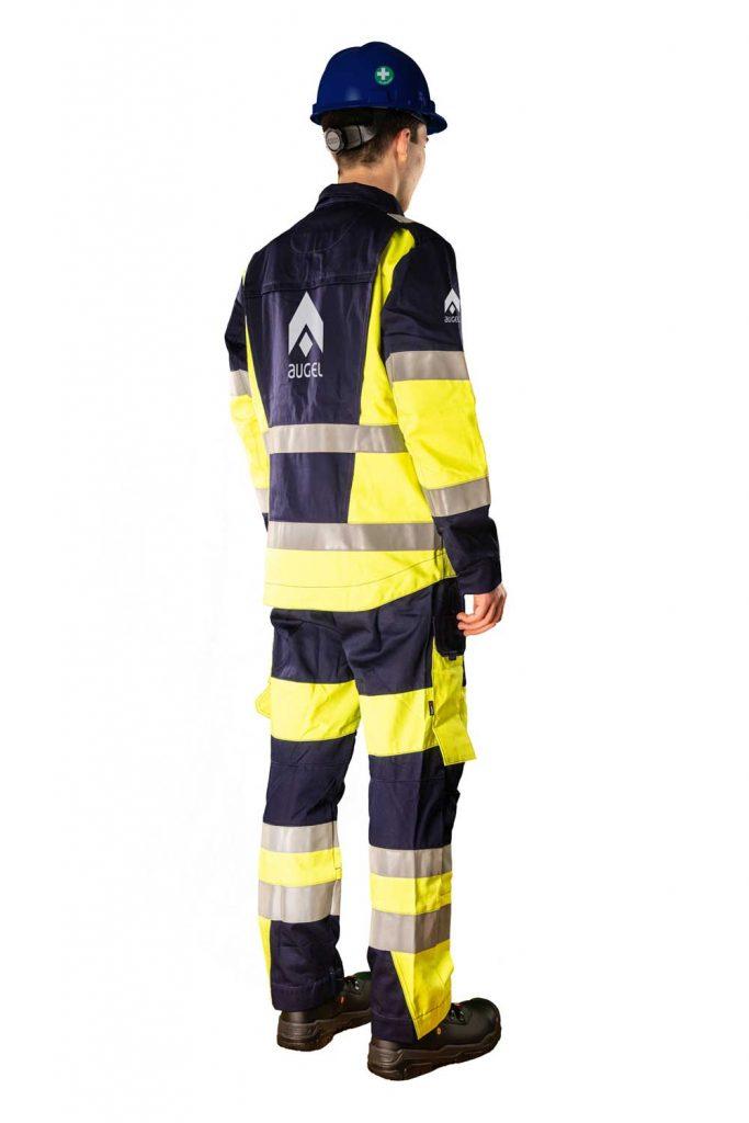 Augel-Kleidung-Ruecken-rechts-komplett